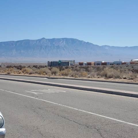 King Boulevard NE, Rio Rancho, NM 87144 (MLS #986937) :: Keller Williams Realty