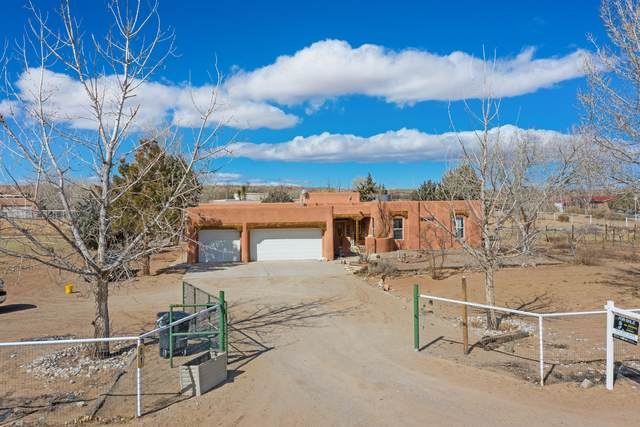 1 Venta Drive, Belen, NM 87002 (MLS #986994) :: Keller Williams Realty