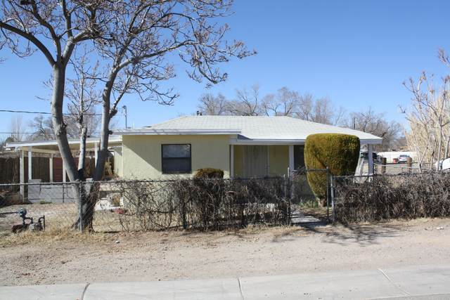 1317 Rinconado Lane SW, Albuquerque, NM 87105 (MLS #987073) :: Keller Williams Realty