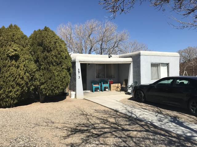 3913 Elder Court SW, Albuquerque, NM 87121 (MLS #987082) :: Keller Williams Realty