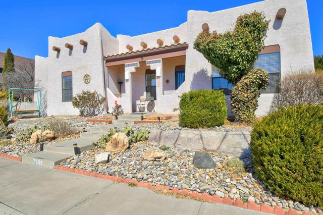 7609 Lynwood Drive NW, Albuquerque, NM 87120 (MLS #987083) :: Keller Williams Realty