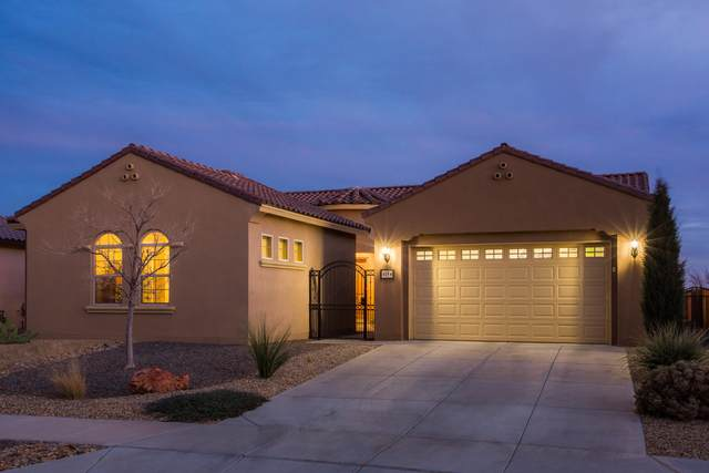 615 Vista Este Trail NE, Rio Rancho, NM 87144 (MLS #987225) :: Keller Williams Realty