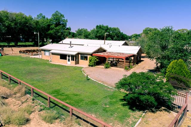 604 Ortega Road NW, Los Ranchos, NM 87114 (MLS #987303) :: Keller Williams Realty