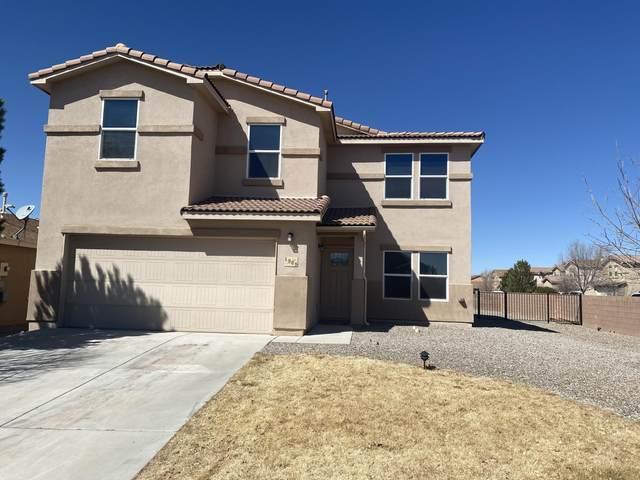 1325 S Maple Meadows Drive NE, Rio Rancho, NM 87144 (MLS #987398) :: The Buchman Group