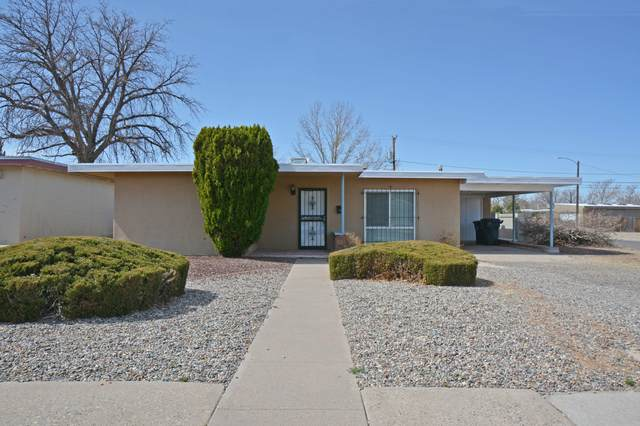 419 Adams Street NE, Albuquerque, NM 87108 (MLS #987602) :: Keller Williams Realty