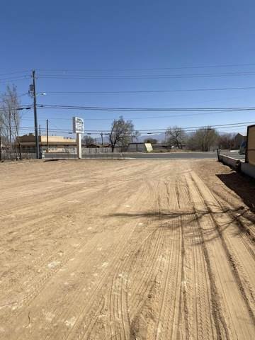 913 S Main Street, Belen, NM 87002 (MLS #988082) :: The Buchman Group