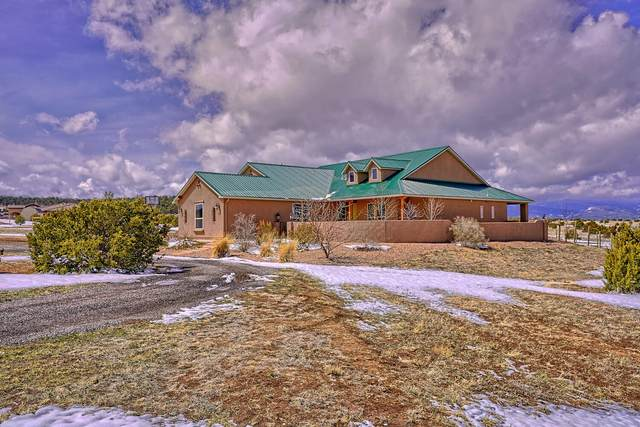 35 Bolivar Loop, Tijeras, NM 87059 (MLS #988111) :: The Buchman Group