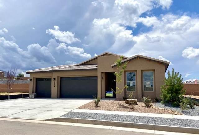 7313 Kodiak Road NE, Rio Rancho, NM 87144 (MLS #988313) :: The Buchman Group