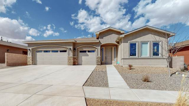 491 Zuni River Circle SW, Los Lunas, NM 87031 (MLS #988316) :: Campbell & Campbell Real Estate Services
