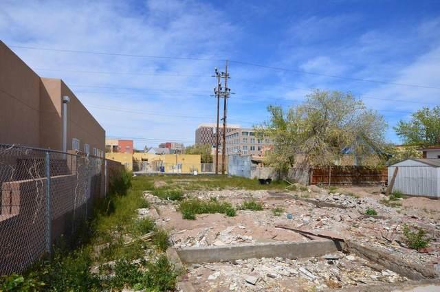615 Iron Avenue SW, Albuquerque, NM 87102 (MLS #988731) :: Keller Williams Realty