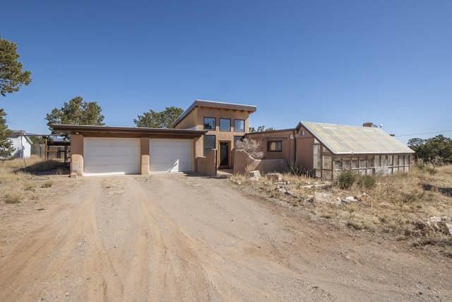 3 Steeplechase Drive, Edgewood, NM 87015 (MLS #988852) :: Keller Williams Realty