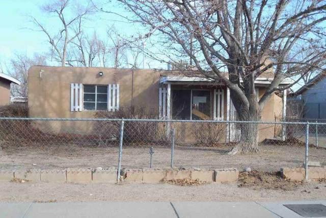 121 La Plata Road NW, Albuquerque, NM 87107 (MLS #989102) :: Campbell & Campbell Real Estate Services
