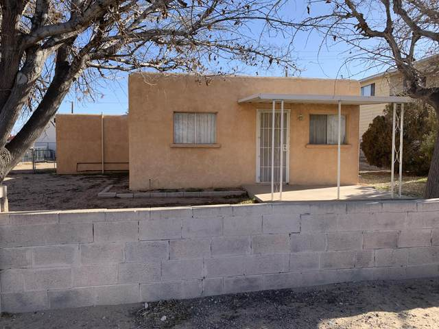 414 60TH Street NW, Albuquerque, NM 87105 (MLS #989362) :: Keller Williams Realty