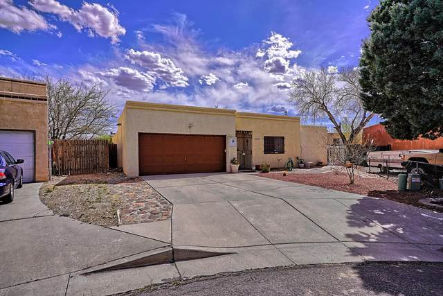6912 Armand Court NW, Albuquerque, NM 87120 (MLS #989435) :: Keller Williams Realty