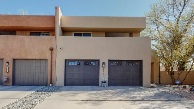 9608 Merion Circle NE, Albuquerque, NM 87111 (MLS #989509) :: Keller Williams Realty