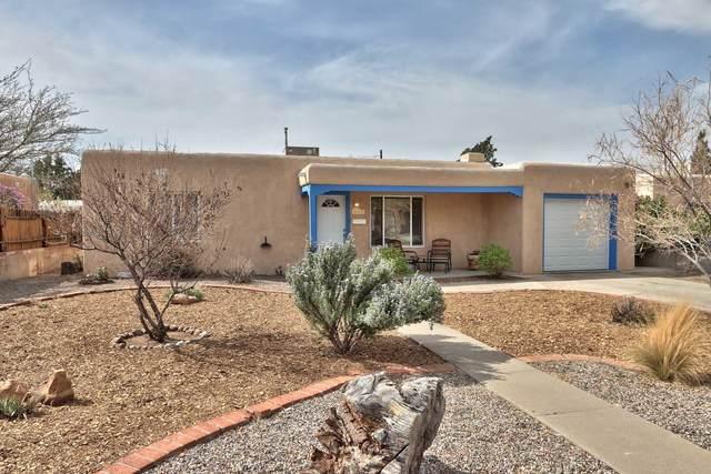 4900 Haines Avenue NE, Albuquerque, NM 87110 (MLS #989603) :: The Buchman Group
