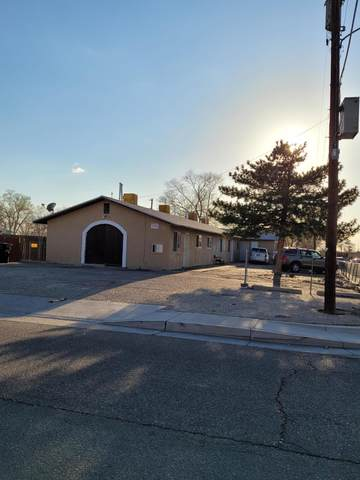 301 Utah Street SE, Albuquerque, NM 87108 (MLS #989617) :: Campbell & Campbell Real Estate Services