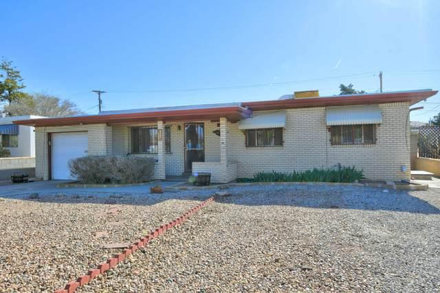 812 Kentucky Street SE, Albuquerque, NM 87108 (MLS #989660) :: Campbell & Campbell Real Estate Services