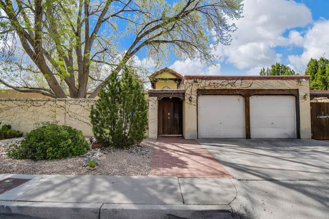 4120 Marble Avenue NE, Albuquerque, NM 87110 (MLS #989703) :: Keller Williams Realty