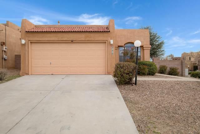 2141 Coyote Willow Avenue NE, Albuquerque, NM 87122 (MLS #989715) :: Keller Williams Realty