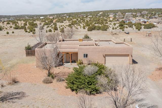 5 Fall Road, Edgewood, NM 87015 (MLS #989792) :: Campbell & Campbell Real Estate Services