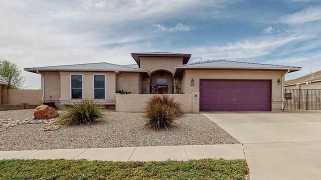 6936 Glen Hills Drive NE, Rio Rancho, NM 87144 (MLS #989817) :: Sandi Pressley Team