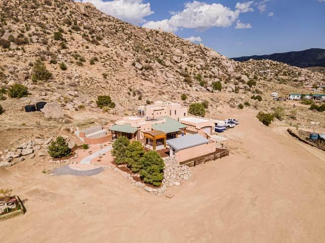 73 E State Road 333 Road NE, Albuquerque, NM 87123 (MLS #989821) :: Keller Williams Realty