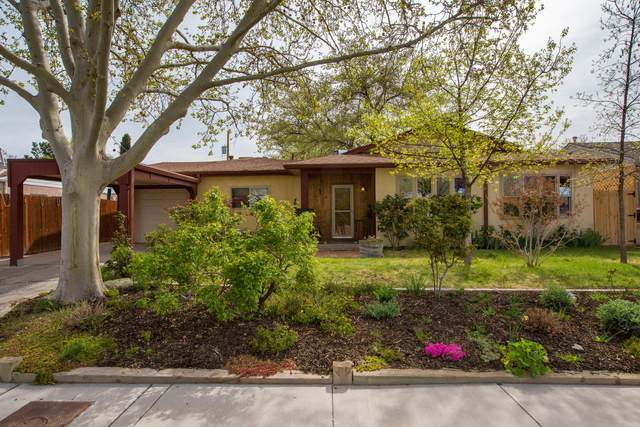 320 Sierra Place NE, Albuquerque, NM 87108 (MLS #989835) :: Campbell & Campbell Real Estate Services