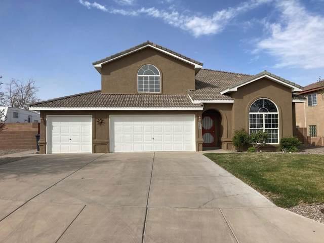 2584 Sandia Loop NE, Rio Rancho, NM 87144 (MLS #989848) :: The Buchman Group