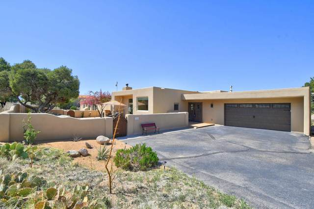 154 Juniper Hill Road NE, Albuquerque, NM 87122 (MLS #989853) :: Keller Williams Realty