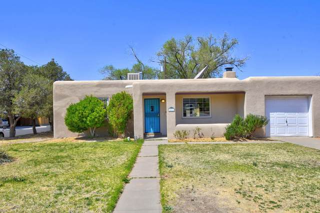401 Laguayra Drive NE, Albuquerque, NM 87108 (MLS #990051) :: Keller Williams Realty