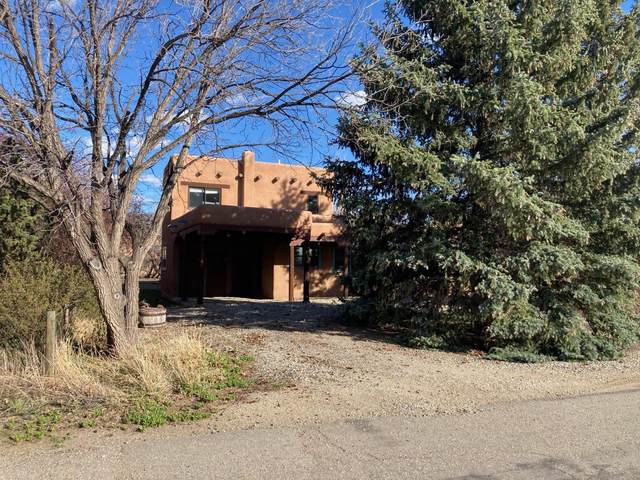 511 Apache Street, Taos, NM 87571 (MLS #990102) :: The Buchman Group