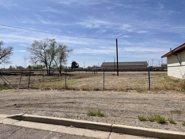 Vivian Drive, Belen, NM 87002 (MLS #990112) :: Campbell & Campbell Real Estate Services