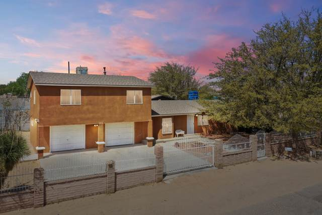 5500 Winchester Road SW, Albuquerque, NM 87121 (MLS #990195) :: The Buchman Group