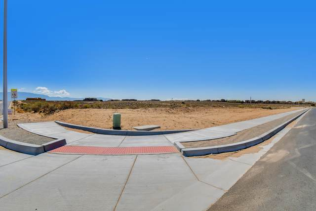 Lot 4 21st Avenue SE, Rio Rancho, NM 87124 (MLS #990210) :: The Buchman Group