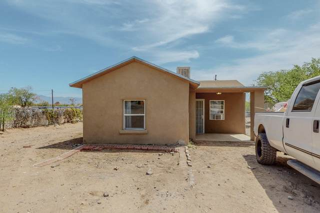 1728 Coors Boulevard SW, Albuquerque, NM 87121 (MLS #990315) :: The Buchman Group
