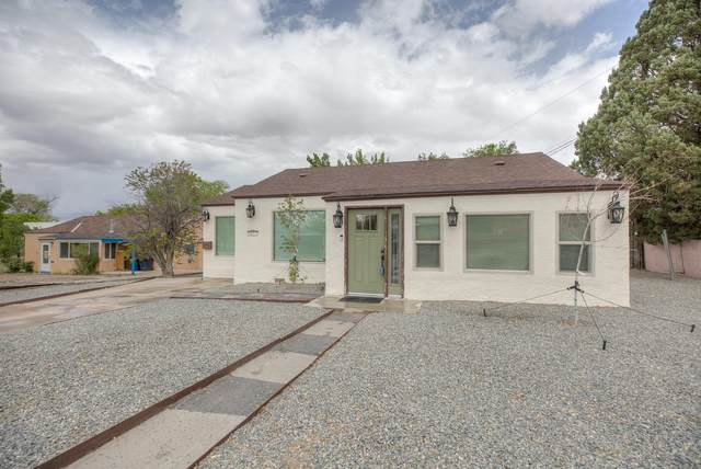2825 Santa Clara Avenue SE, Albuquerque, NM 87106 (MLS #990717) :: The Buchman Group