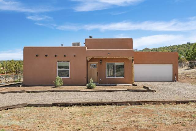 4 Pinto Court, Edgewood, NM 87015 (MLS #991328) :: Campbell & Campbell Real Estate Services