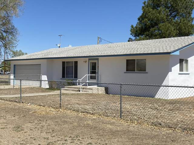 701 Maple Avenue, Moriarty, NM 87035 (MLS #991340) :: Campbell & Campbell Real Estate Services