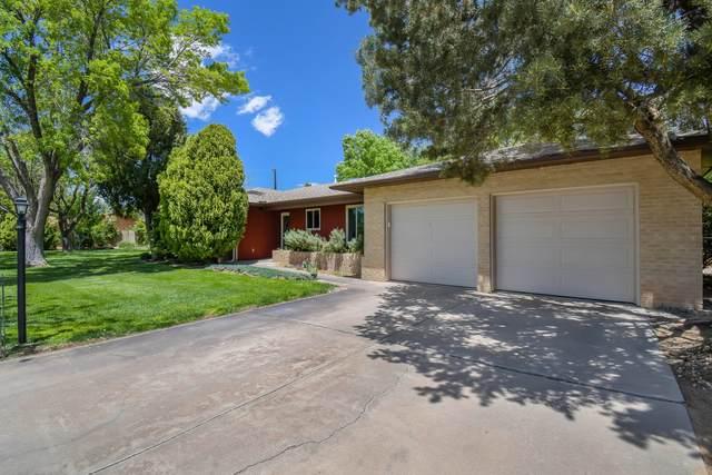 433 El Dorado Drive NW, Albuquerque, NM 87114 (MLS #991427) :: Campbell & Campbell Real Estate Services