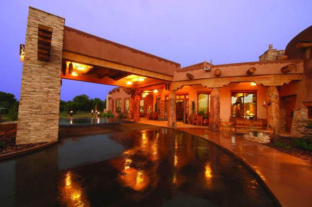 79 Nature Pointe Drive, Tijeras, NM 87059 (MLS #992048) :: Campbell & Campbell Real Estate Services