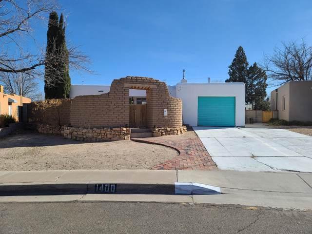 1400 Quincy Street NE, Albuquerque, NM 87110 (MLS #992113) :: Berkshire Hathaway HomeServices Santa Fe Real Estate
