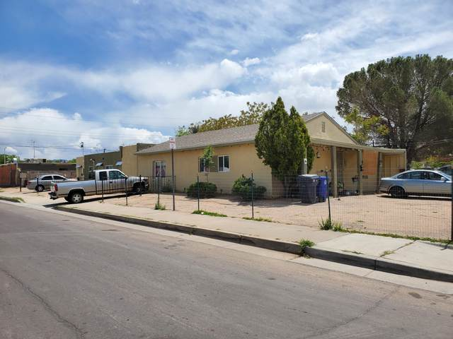 146 N Wisconsin Street NE #5, Albuquerque, NM 87108 (MLS #992264) :: Campbell & Campbell Real Estate Services