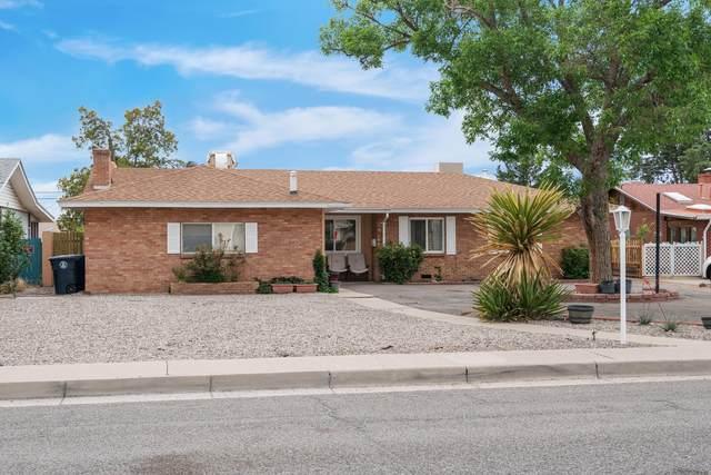 2801 Virginia Street NE, Albuquerque, NM 87110 (MLS #992311) :: The Buchman Group