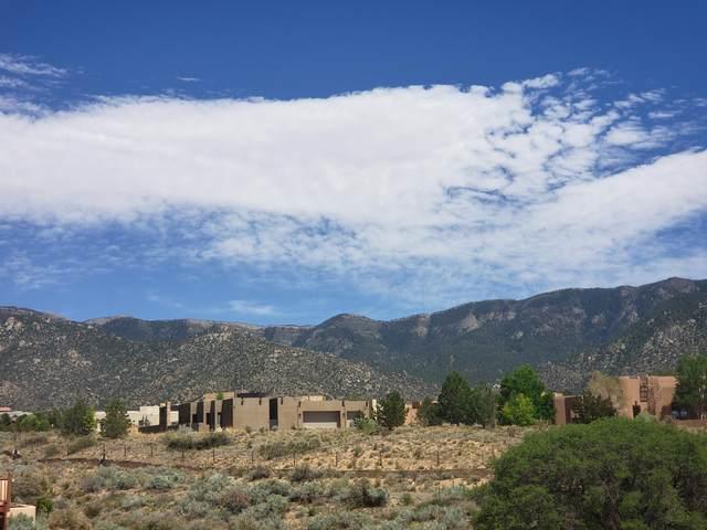 1562 Eagle Ridge Court, Albuquerque, NM 87122 (MLS #992473) :: Campbell & Campbell Real Estate Services