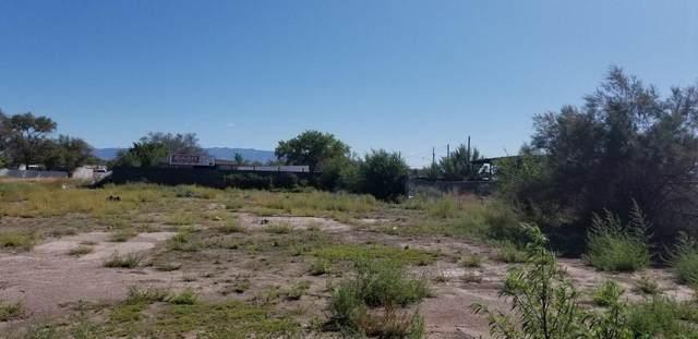S Main Street, Belen, NM 87002 (MLS #992515) :: The Buchman Group