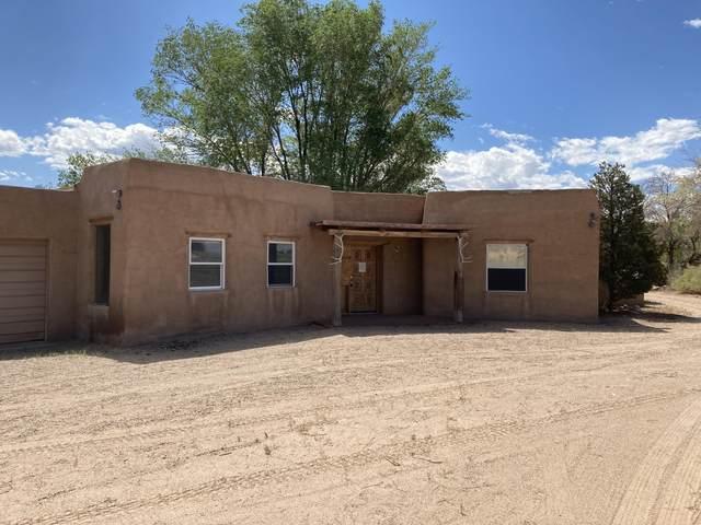 60 Koontz Road, Corrales, NM 87048 (MLS #992683) :: Berkshire Hathaway HomeServices Santa Fe Real Estate