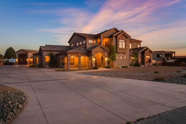 9900 Eagle Rock Avenue NE, Albuquerque, NM 87122 (MLS #992937) :: Campbell & Campbell Real Estate Services