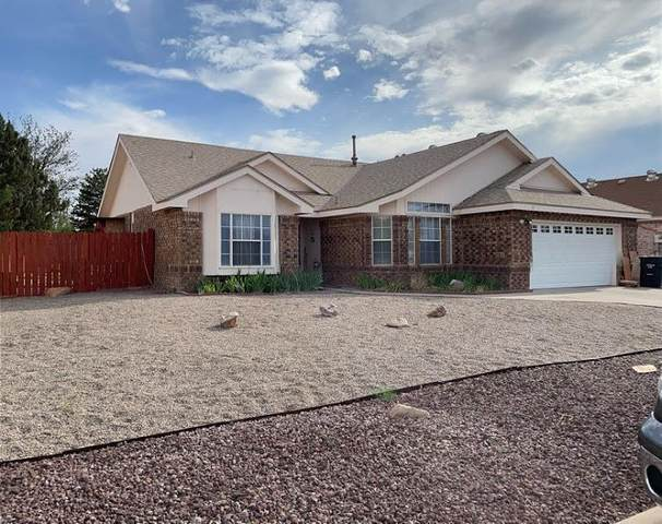 8 Pinon Avenue, Los Lunas, NM 87031 (MLS #993567) :: Campbell & Campbell Real Estate Services