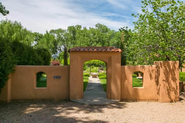 5405 Eakes Road NW, Los Ranchos, NM 87107 (MLS #993589) :: Keller Williams Realty